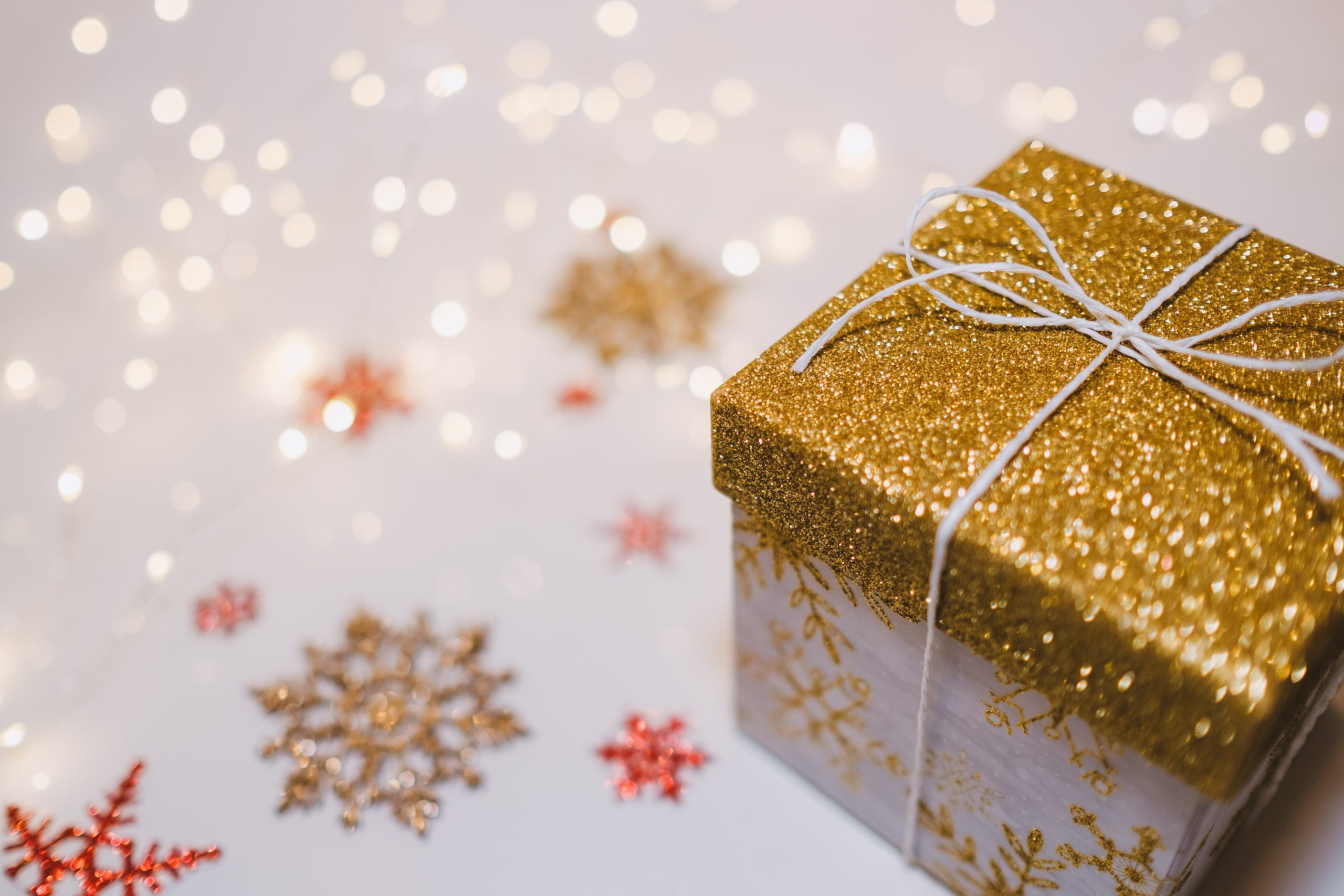 December Good Deeds Diary: Compassion Cues at Christmas